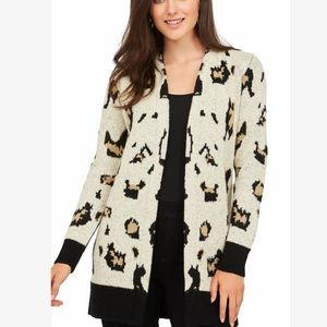 SALE🔥⬇️$25 ANIMAL PRINT CARDIGAN/COATIGAN